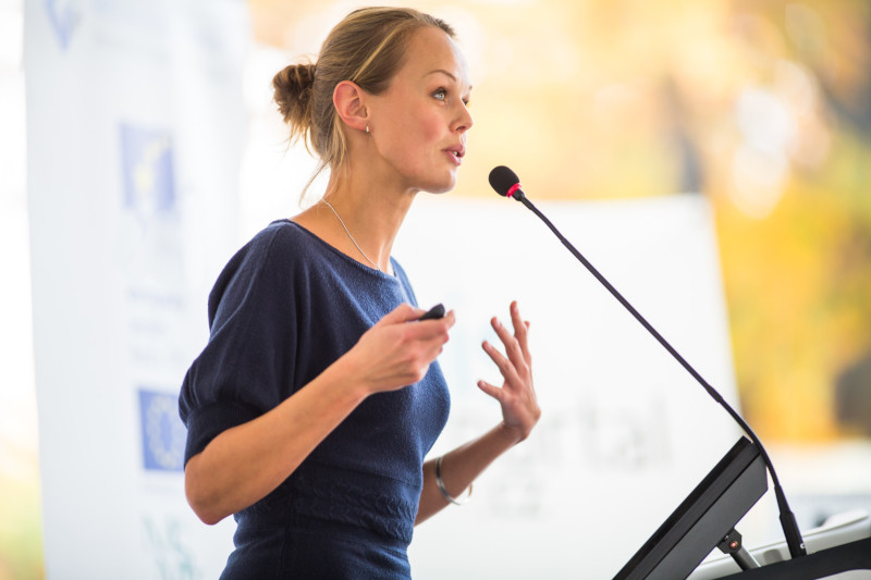6 Tips for Finding the Perfect Speaker For Your Event